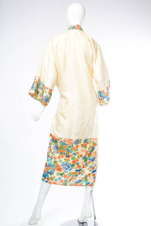 1920s Silk Dressing Kimono In Excellent Condition For Sale In New York, NY