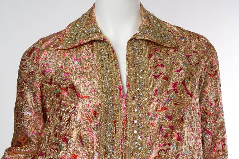 Late 1960s Gold Paisley Dress In Excellent Condition For Sale In New York, NY