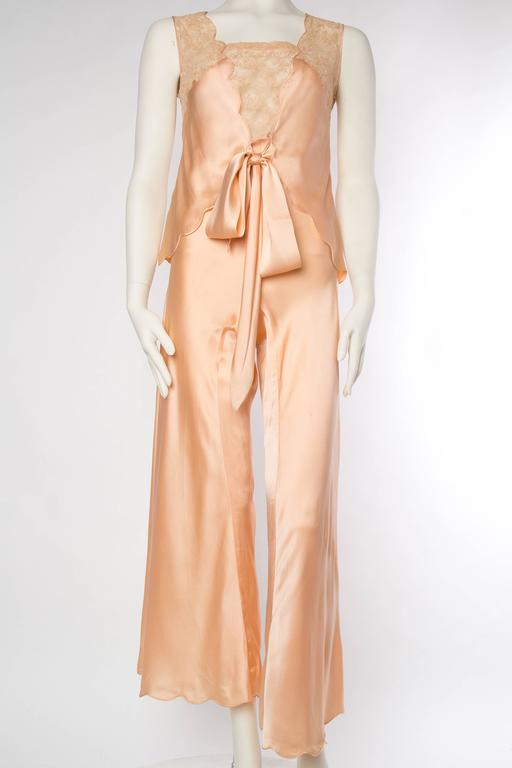 Sensual 1930s Silk Couture Pajamas In Excellent Condition For Sale In New York, NY