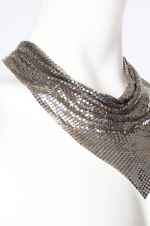 Silver Gianni Versace Metal Mesh Medusa Necklace  In New Never_worn Condition For Sale In New York, NY