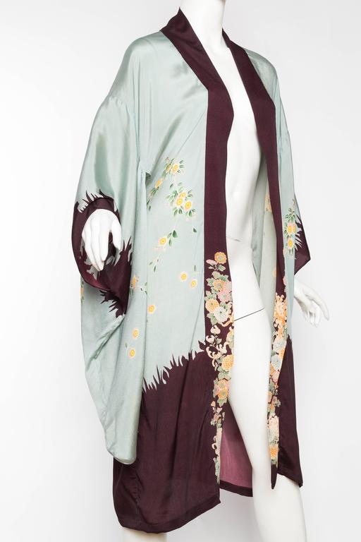 1920s Printed Silk Kimono In Good Condition For Sale In New York, NY