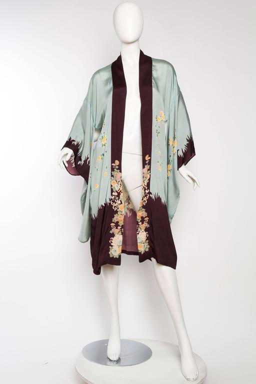 Gray 1920s Printed Silk Kimono For Sale