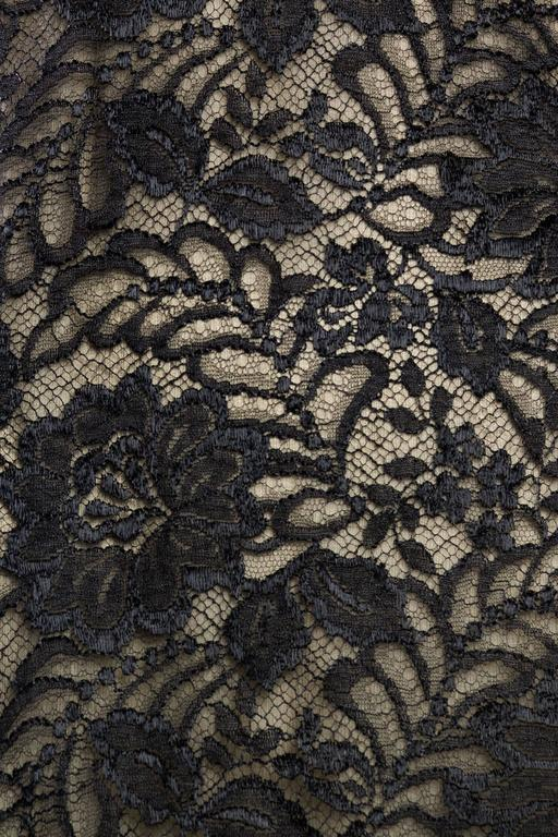 Geoffrey Beene Backless Sheer Lace Dress For Sale 4
