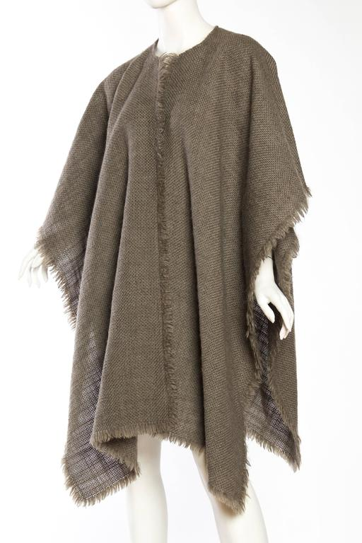 Delicate Wool Poncho by Giorgio Armani In Excellent Condition For Sale In New York, NY