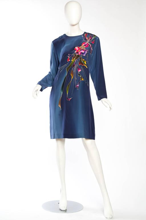 1980S Blue  & Pink Silk Crepe De Chine Hand Painted Tunic Dress In Excellent Condition For Sale In New York, NY