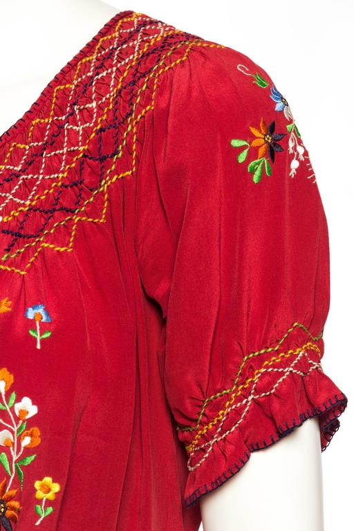 Beautiful Vintage Hand Embroidered Silk Bohemian Blouse 8