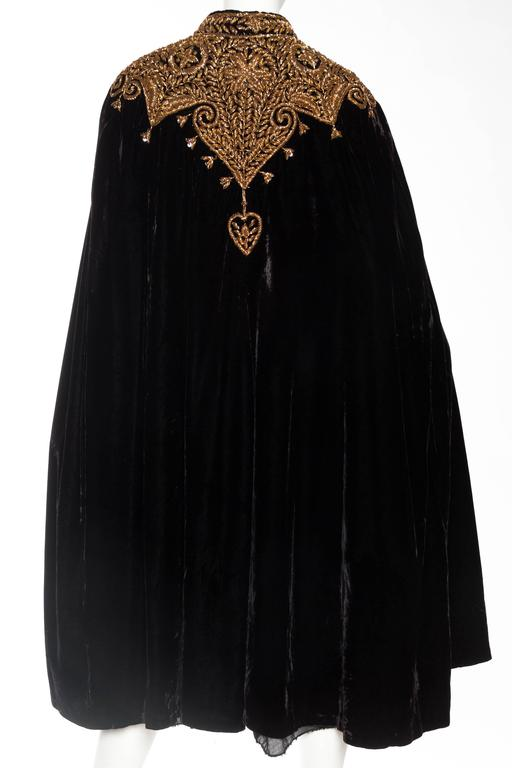 Lush Velvet Cape Elaborately Embroidered with Metallic Copper For Sale 1