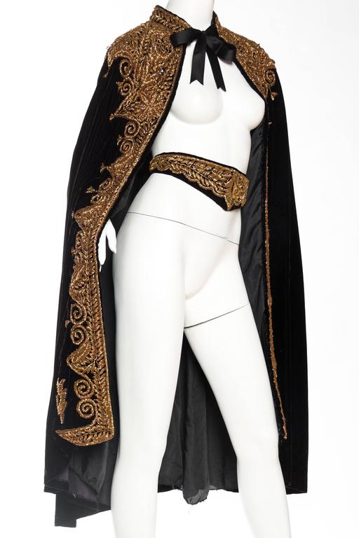 Lush Velvet Cape Elaborately Embroidered with Metallic Copper In Excellent Condition For Sale In New York, NY