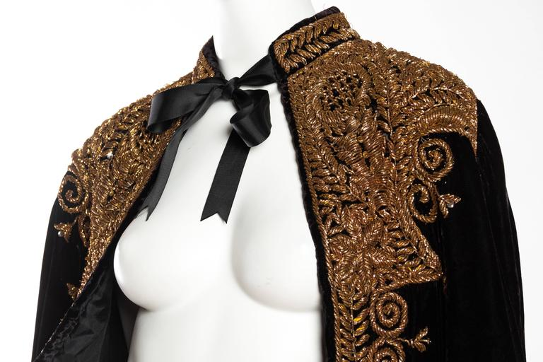 Lush Velvet Cape Elaborately Embroidered with Metallic Copper For Sale 2