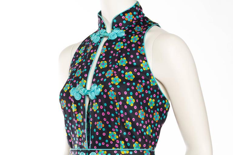 Rare Early 1970s Oscar De la Renta Cotton Floral Dress For Sale 1