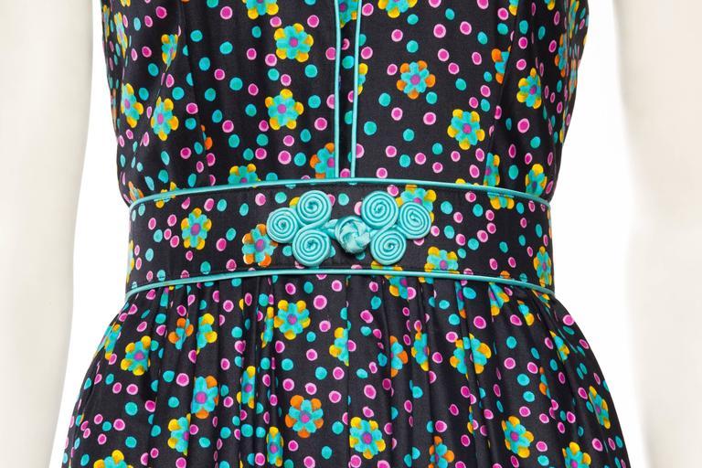 Rare Early 1970s Oscar De la Renta Cotton Floral Dress For Sale 3