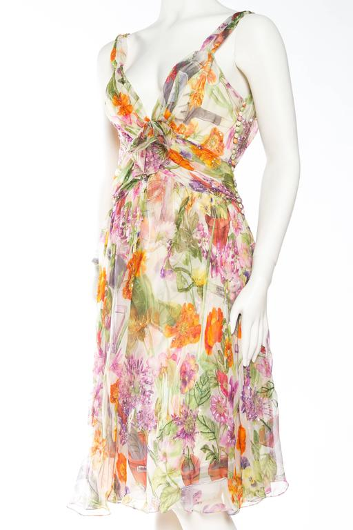 1990S JOHN GALLIANO CHRISTIAN DIOR Pastel Floral Silk Chiffon Backless Beaded G In Excellent Condition For Sale In New York, NY