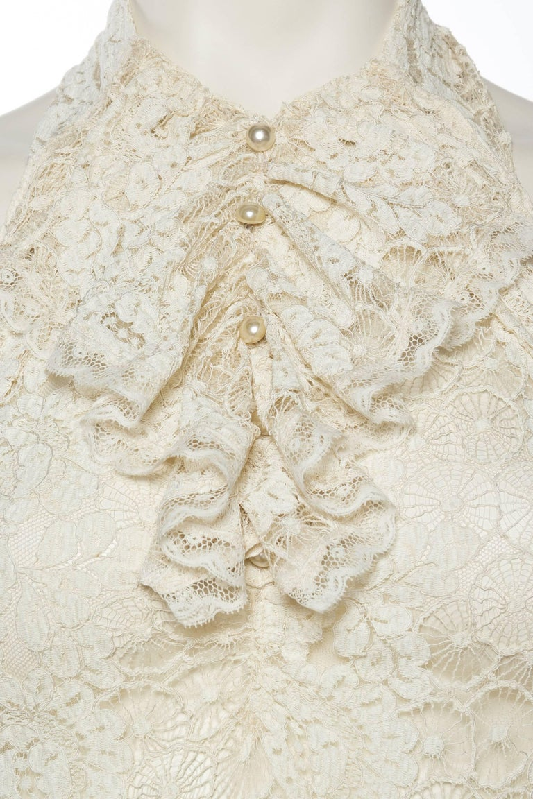 Backless 1930s Spider Lace Dress with Train For Sale 2