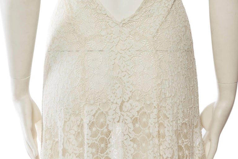 Backless 1930s Spider Lace Dress with Train For Sale 4