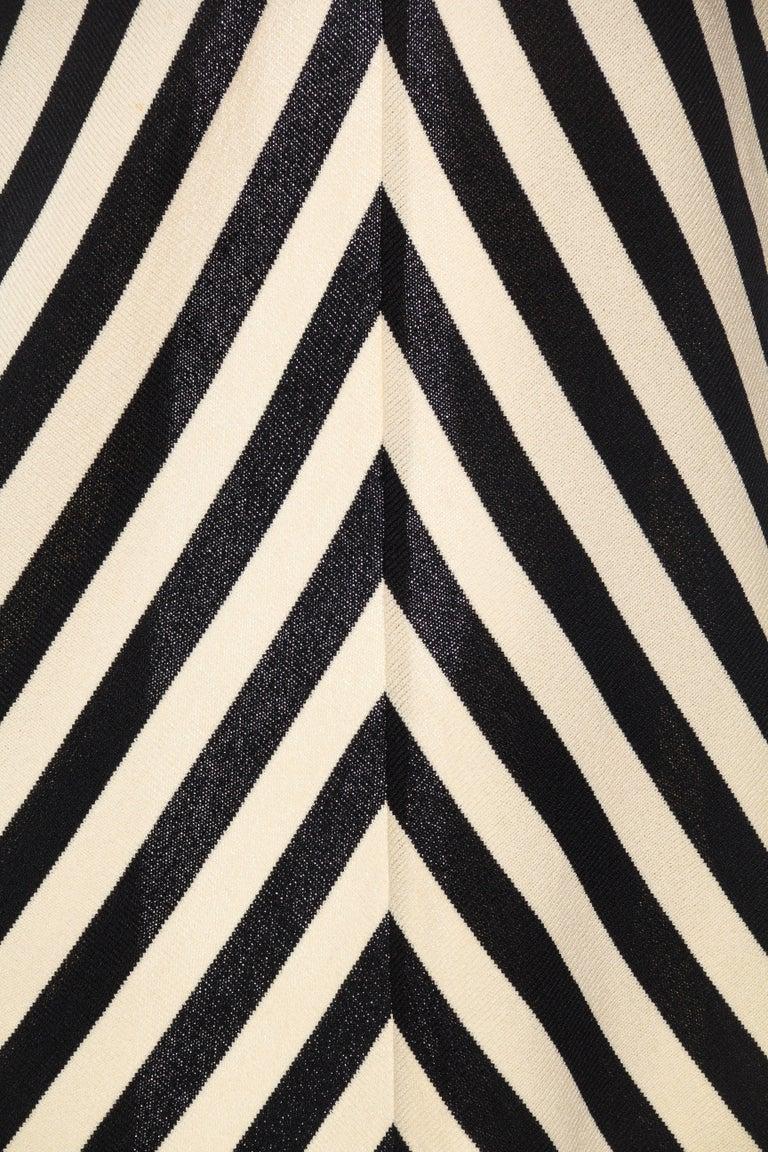 Black & White Op-Art Chevron Striped Maxi Sweater Cardigan For Sale 6