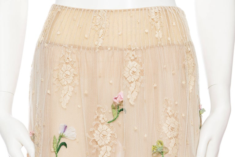 Valentino Runway Lace Skirt with Hand Embroidery and Ribbonwork For Sale 1
