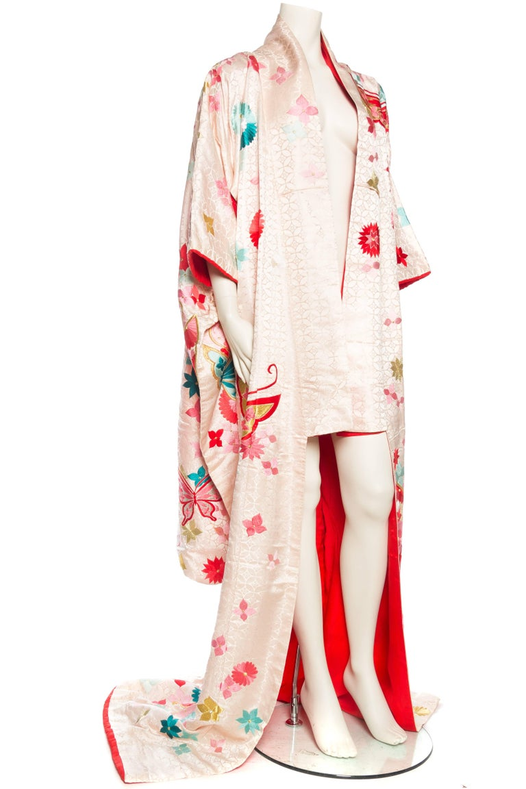 Vintage Kimono Embroidered with Butterflies and Flowers 2