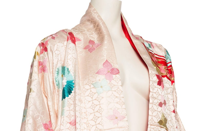 Vintage Kimono Embroidered with Butterflies and Flowers 5