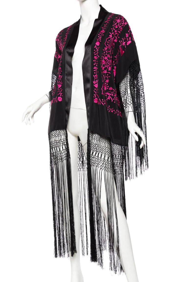 Women's Hand Embroidered Piano Shawl Kimono with Fringe For Sale