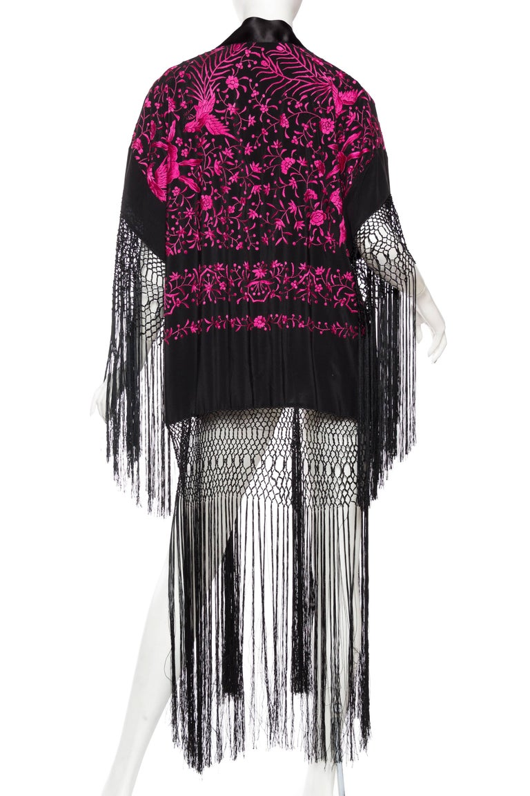 Hand Embroidered Piano Shawl Kimono with Fringe For Sale 1