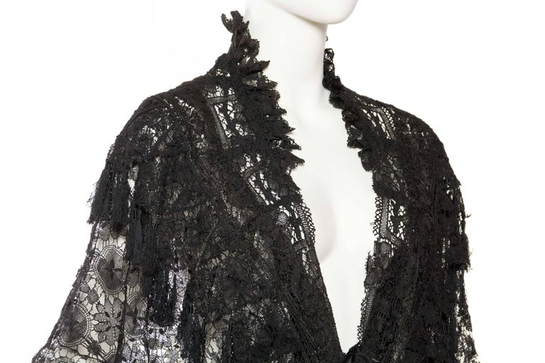 Victorian Handmade Cluny Bobbin Lace Dolman Cape with Tasseled Fringe For Sale 1