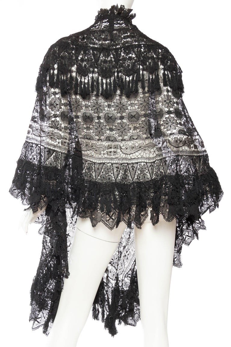 Women's Victorian Handmade Cluny Bobbin Lace Dolman Cape with Tasseled Fringe For Sale