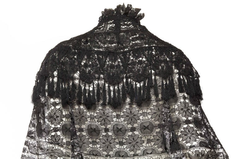 Victorian Handmade Cluny Bobbin Lace Dolman Cape with Tasseled Fringe For Sale 2