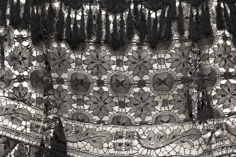 Victorian Handmade Cluny Bobbin Lace Dolman Cape with Tasseled Fringe For Sale 5