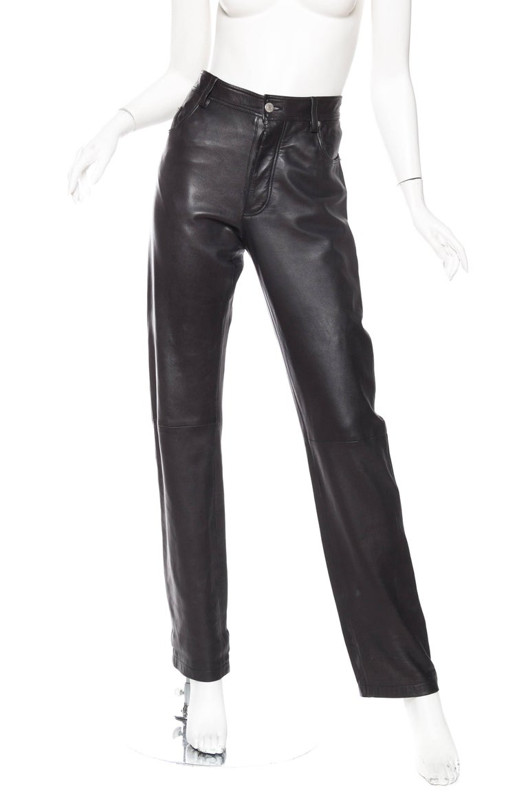 Made from buttery soft leather and cut straight and narrow to perfection, these are the perfect pair of leather pants you've been hunting for.