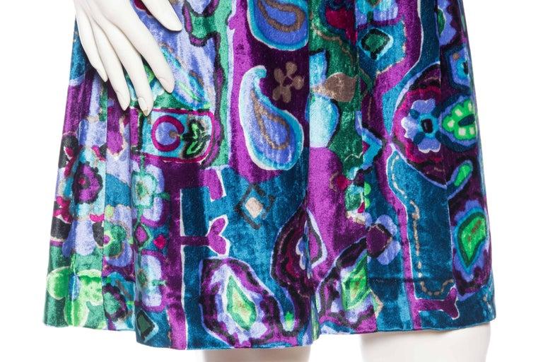 1960s Oscar De La Renta Lightweight Velvet Dress with Crystals For Sale 3