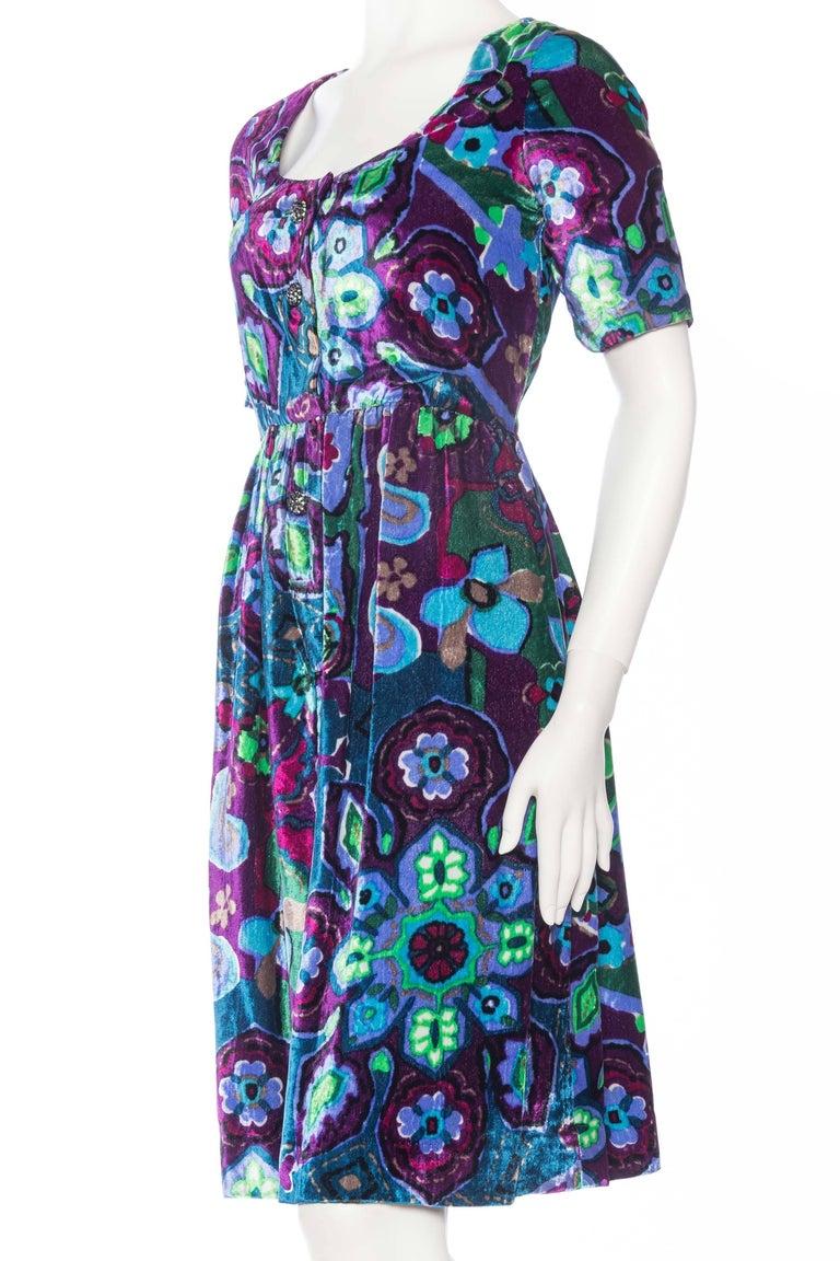 Women's 1960s Oscar De La Renta Lightweight Velvet Dress with Crystals For Sale