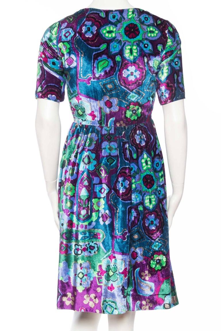 1960s Oscar De La Renta Lightweight Velvet Dress with Crystals For Sale 1