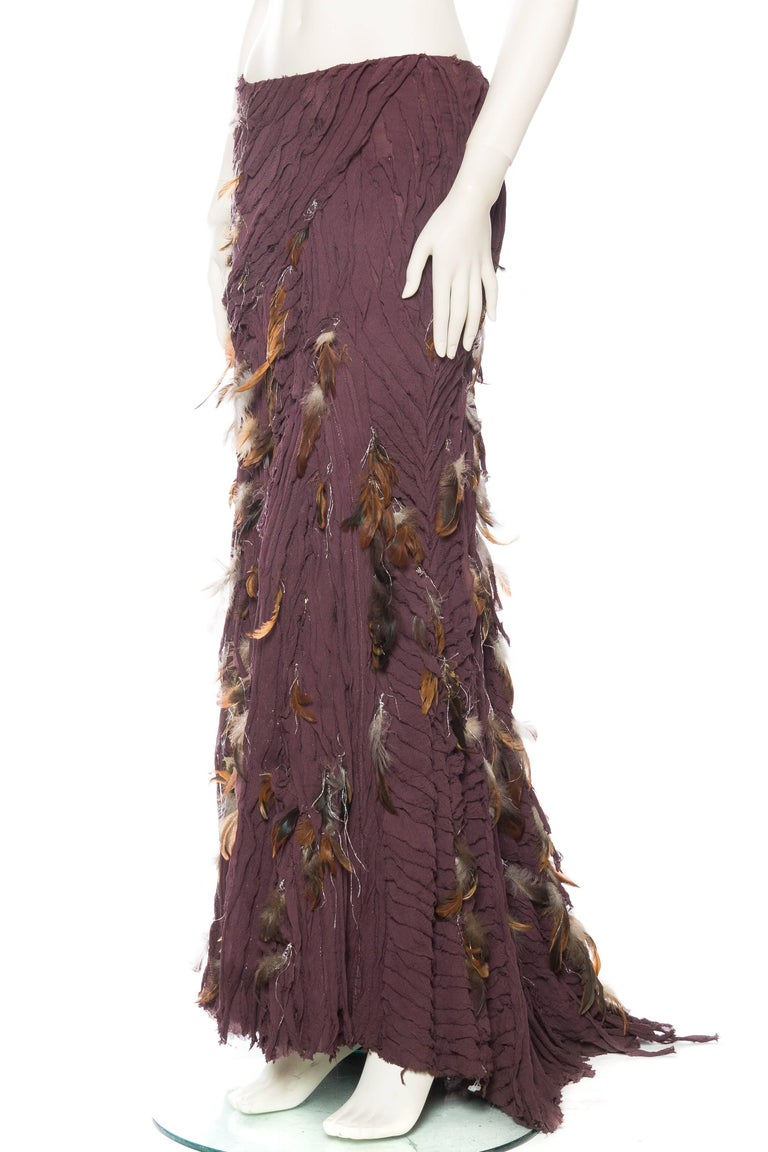 Naeem Khan Feathered Skirt with Train In Excellent Condition For Sale In New York, NY