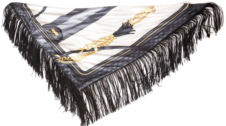 GG Tom Ford Gucci Fringed Gold Status Print Scarf For Sale 3
