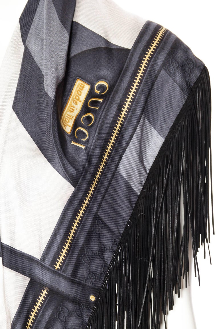 GG Tom Ford Gucci Fringed Gold Status Print Scarf For Sale 4