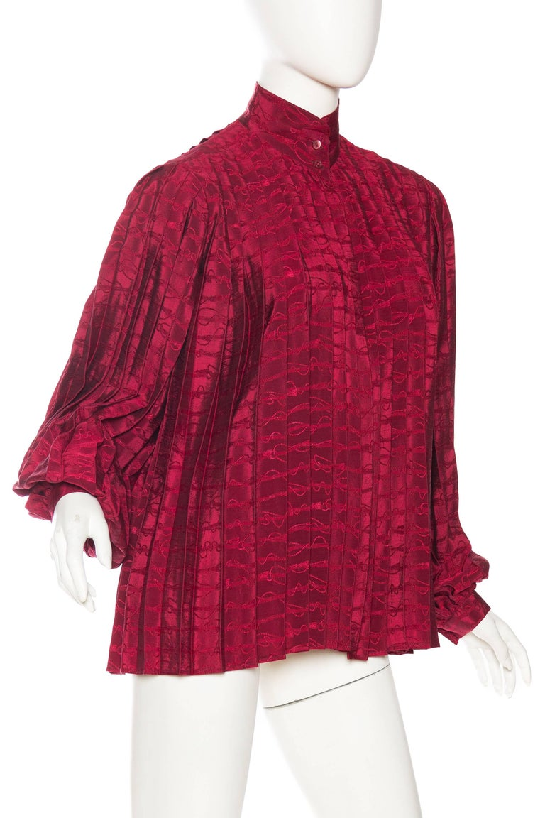 Red Gucci Pleated Silk Blouse For Sale