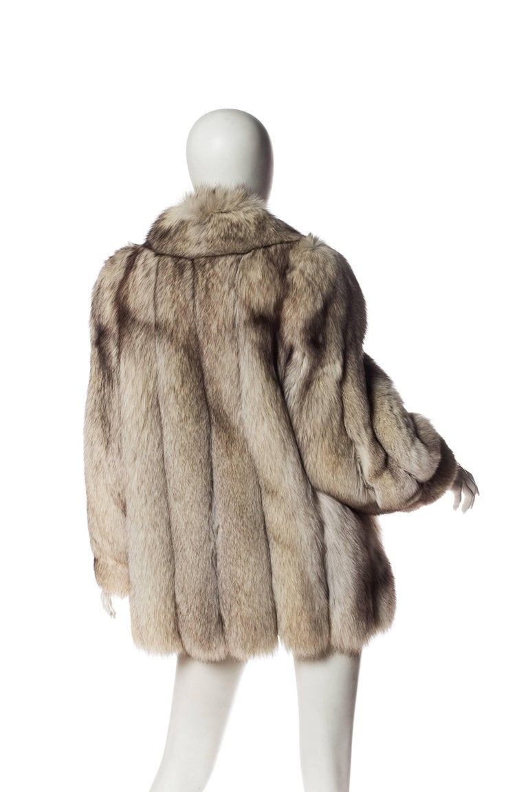 Women's 1980S Silver Fox Fur Coat For Sale