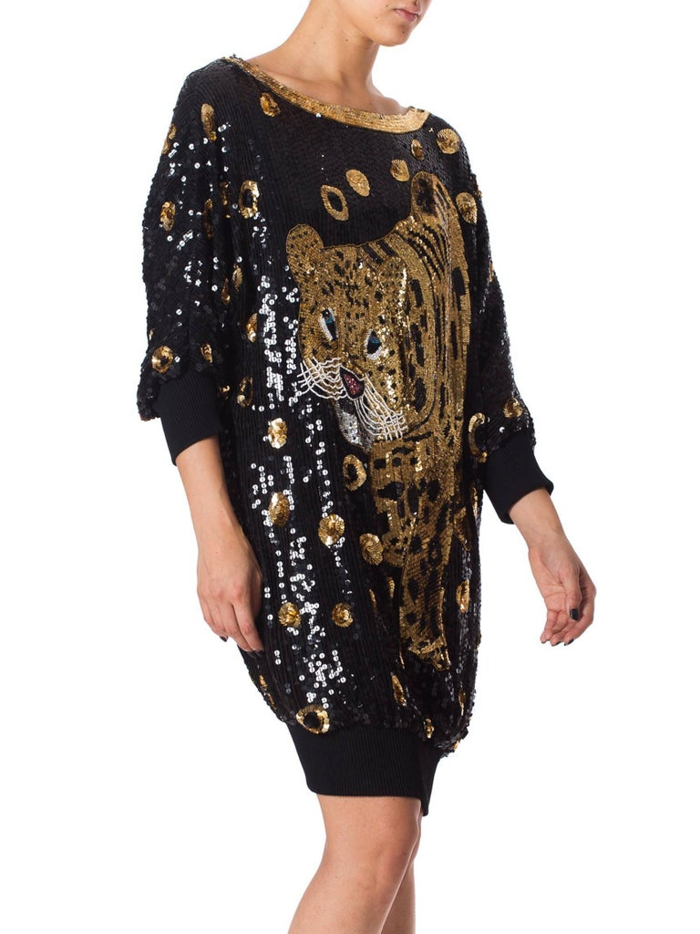 1980s Gucci Style Sequined Tiger Leopard Oversized Pullover Top Dress In Excellent Condition For Sale In New York, NY