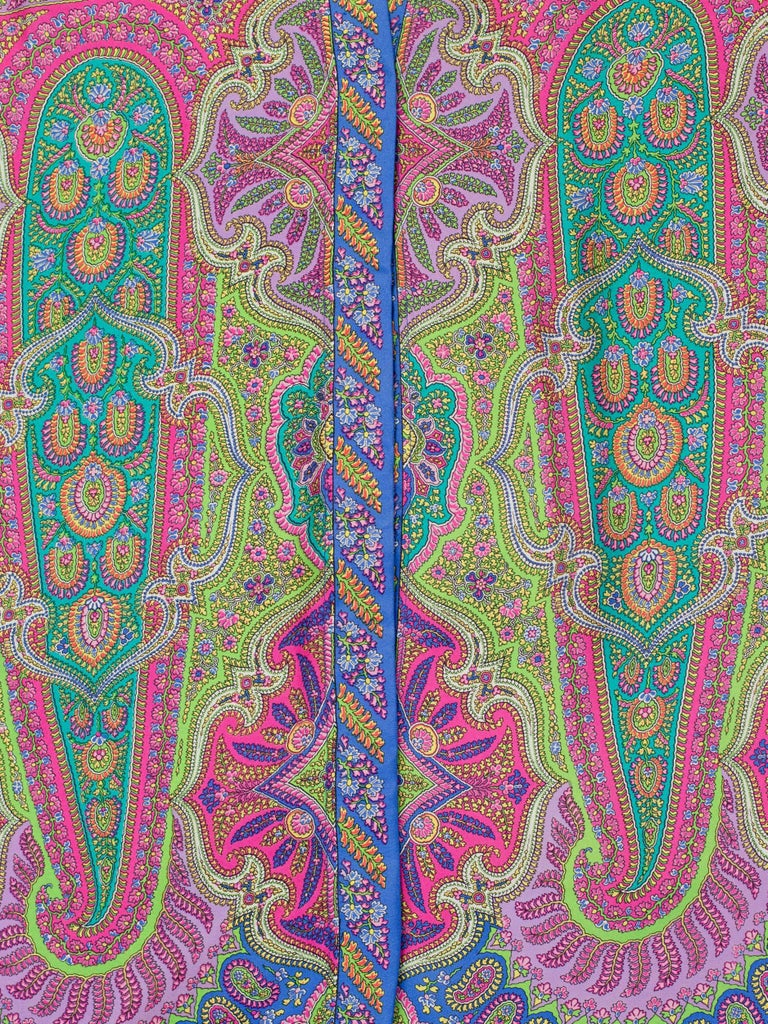 1990s Gianni Versace Men's paisley Printed Shirt In Good Condition For Sale In New York, NY