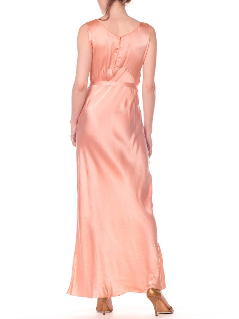 Bias Cut Silk Blush Peach Pink Negligee Night Gown, 1930s  In Excellent Condition For Sale In New York, NY