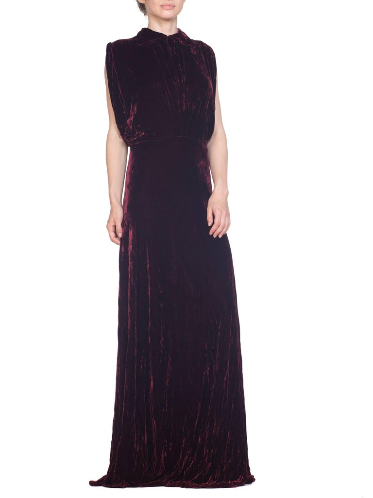 1930S Burgundy Bias Cut Silk Velvet Draped Bodice & Open Sleeve Gown XL For Sale 1