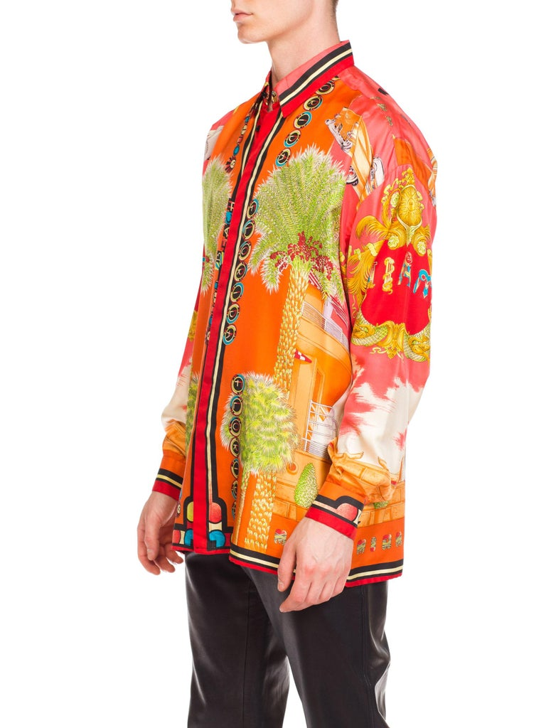 1990s Mens Gianni Versace South Beach 50s Pin Up Cadellac Silk Shirt Miami In Excellent Condition In New York, NY