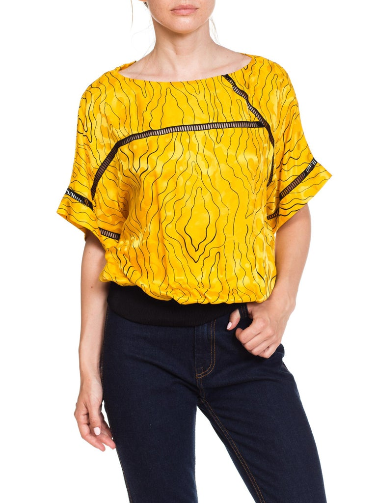 Nina Ricci Silk Blouse With Modern Blacklace Insets 1980s For Sale 4