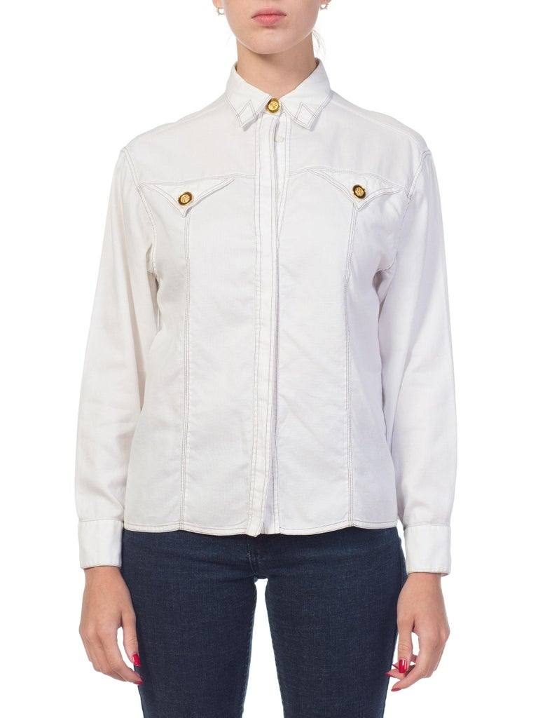 1990s Gianni Versace Couture White Cotton Medusa Button Shirt In Excellent Condition For Sale In New York, NY