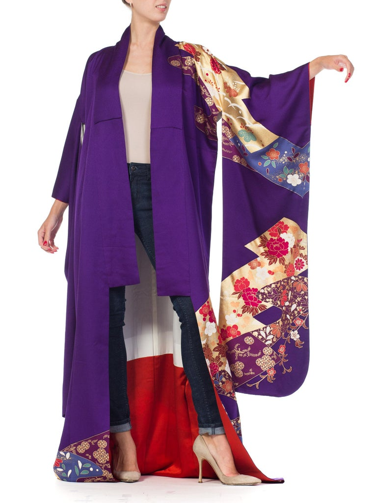 Women's 1970S Royal Purple & Gold Japanese Silk  Kimono For Sale