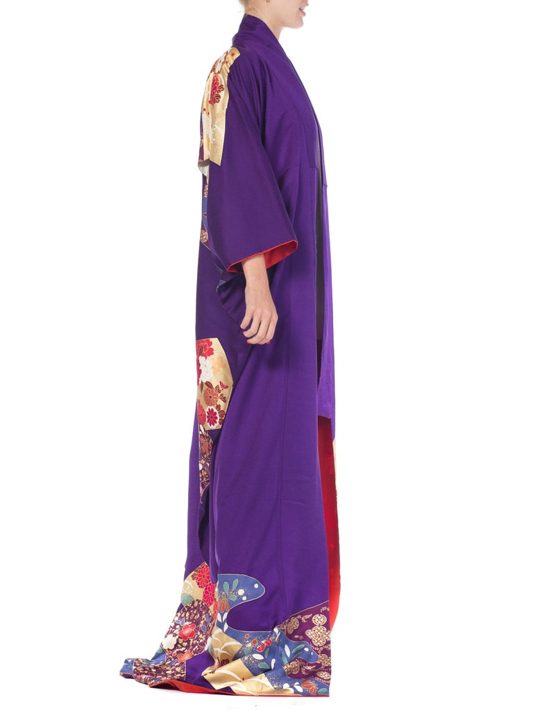 1970S Royal Purple & Gold Japanese Silk  Kimono For Sale 3
