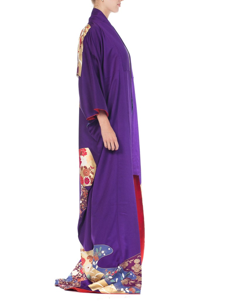 1970S Royal Purple & Gold Japanese Silk  Kimono For Sale 4