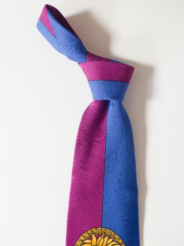 1990s Gianni Versace Gold Medusa Silk Tie For Sale 3