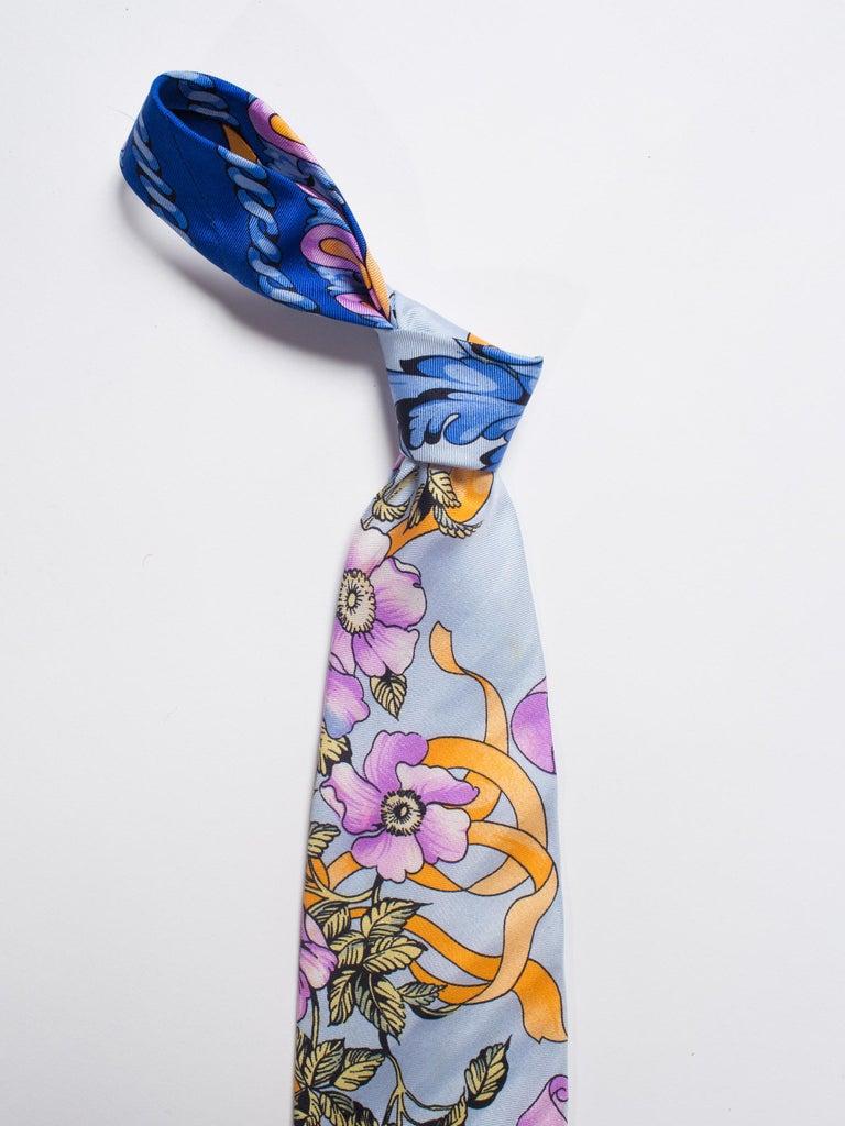 1990s Gianni Versace Pastel Baroque Gold, Blue & Purple Men's Silk Tie For Sale 4