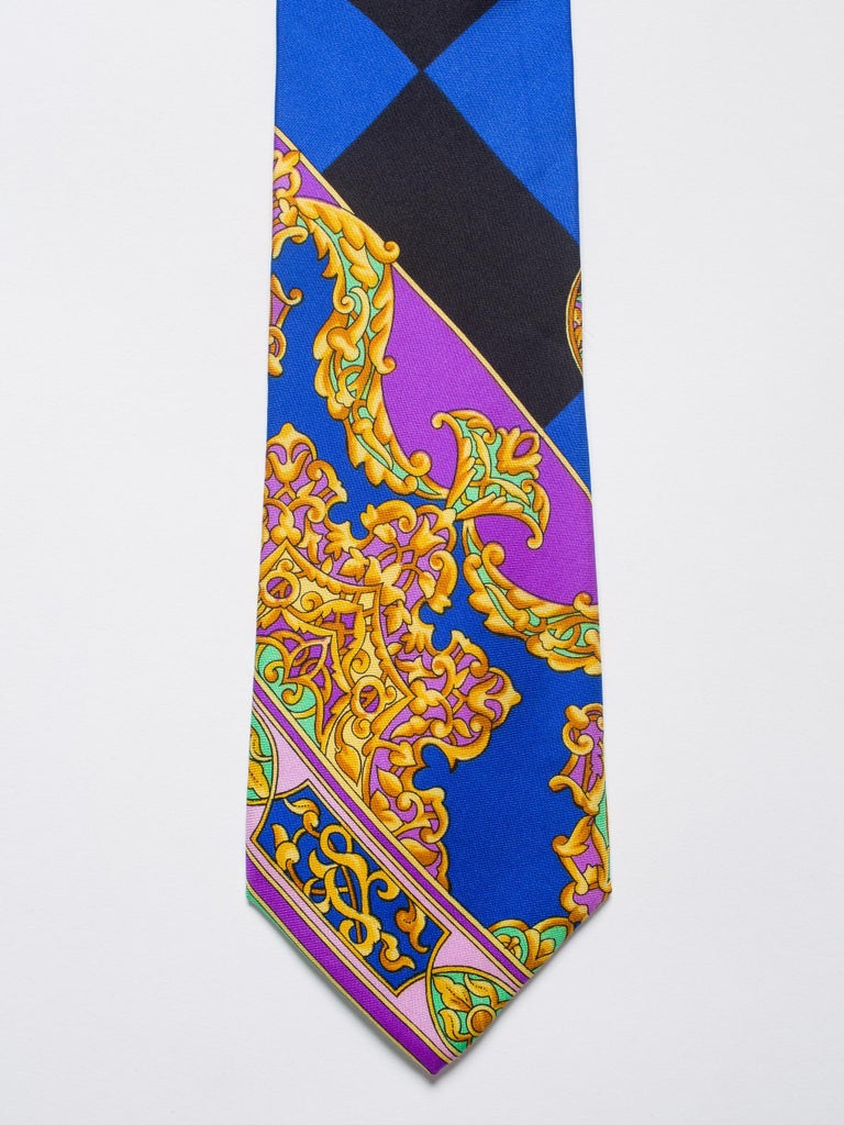 Early 1990s Gianni Versace Hand-Printed Gold Baroque Mens Tie For Sale 2